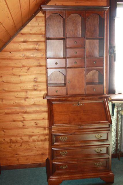 buffetschrank anrichte aufsatzschrank englisch schrank vitrine 2 teilig ebay. Black Bedroom Furniture Sets. Home Design Ideas